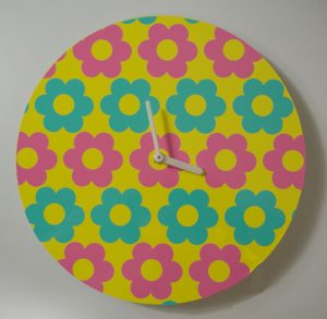Floral 60s Mod Flower Clock on Cricut