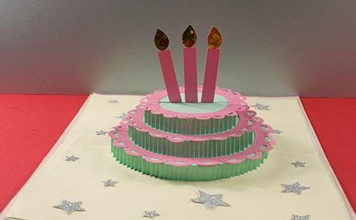 Finished three-tier pop-up cake card