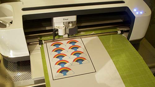 nserting cutting mat for Print and Cut on the Cricut Maker