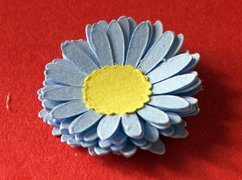 Gerbera assembly of centre free Cricut file