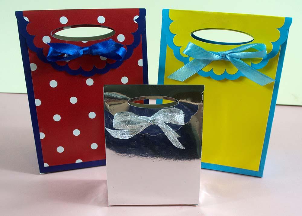 Gift Bags Free SVG for Cricut Maker