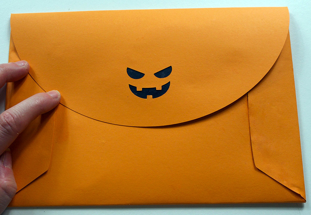 envelope pumpkin face cricut