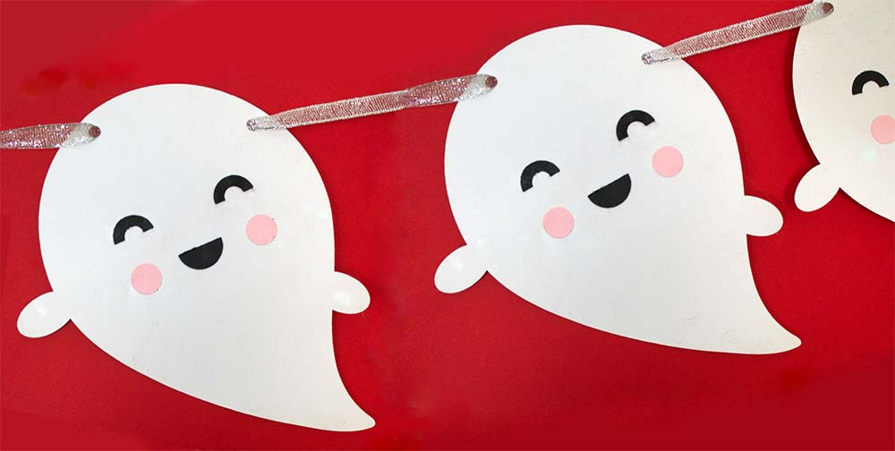 Kawaii Ghosts Bunting for Cricut or Silhouette