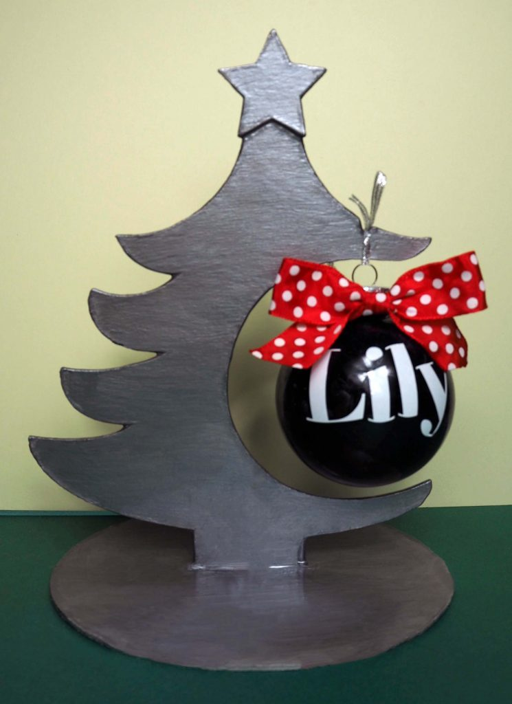 Bauble hanger with bauble for Cricut cut file