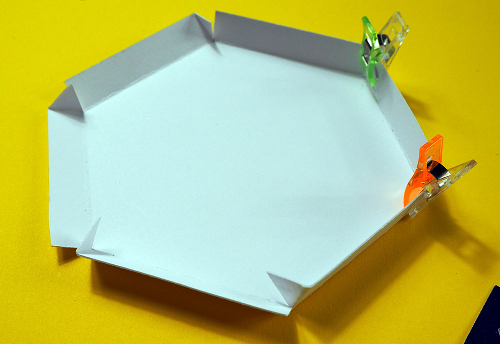 creating box lid corners